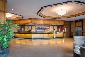Lobby/Rezeption in der Unterkunft Prince Palace Hotel