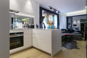 A kitchen or kitchenette at Andersia Park