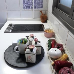 A kitchen or kitchenette at Hanna's Place - Great Location