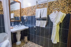 A bathroom at Zodiak Boutique Hotel