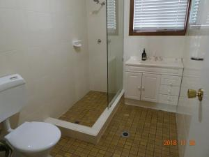 A bathroom at CCC - Central Clean Comfortable Apartment