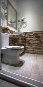 A bathroom at Hostal Adis
