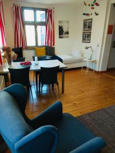 A seating area at Ferienwohnung Hakenbuden