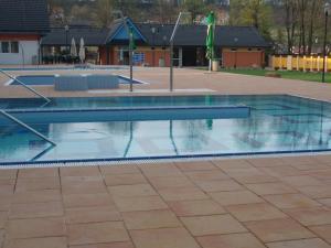 Bazén v ubytovaní Aqua Spa Ganovce alebo v jeho blízkosti