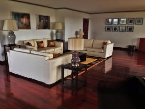 A seating area at Saigon Domaine Luxury Residences