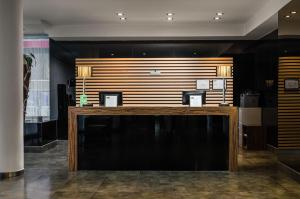 The lobby or reception area at Hotel Asset Torrejón
