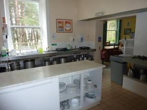 A kitchen or kitchenette at Braemar Youth Hostel