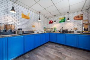 A kitchen or kitchenette at Quality Inn Morgantown