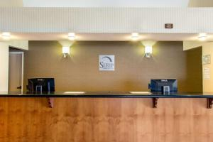 The lobby or reception area at Sleep Inn & Suites Bakersfield North