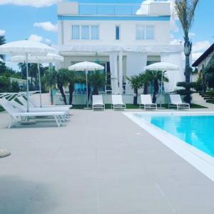 Piscina di B&B Villa Eraclea o nelle vicinanze