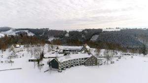 Berghotel Hoher Knochen during the winter