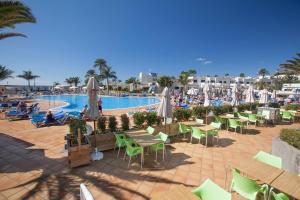 Het zwembad bij of vlak bij Playa Feliz