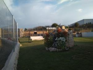 Jardín al aire libre en Casa Rural El Lagarcillo