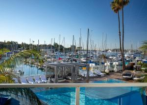The swimming pool at or close to Marina del Rey Hotel