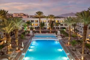 Het zwembad bij of vlak bij Leonardo Royal Resort Eilat