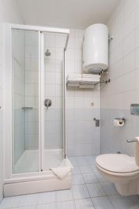A bathroom at Villas Kampor