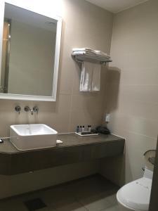 A bathroom at Hotel Mate Bundang
