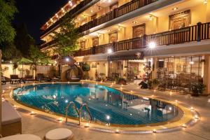 The swimming pool at or close to At Chiang Mai
