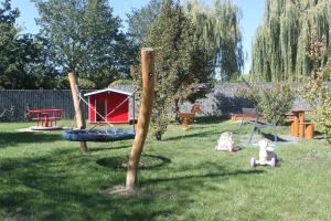 A garden outside IdyllicPrague Cherry Tree Cottage