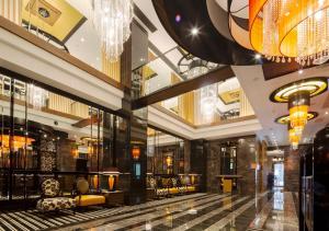 The lobby or reception area at APA Hotel Yodoyabashi Kitahama Ekimae