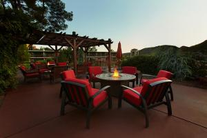 A restaurant or other place to eat at Arabella Hotel Sedona