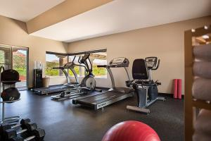 The fitness center and/or fitness facilities at Arabella Hotel Sedona
