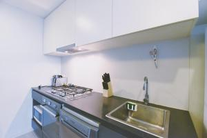 A kitchen or kitchenette at Southern Cross S Collection