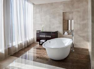 A bathroom at The Westin Pazhou