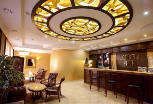 Лаундж или бар в Гранд-отель Classic