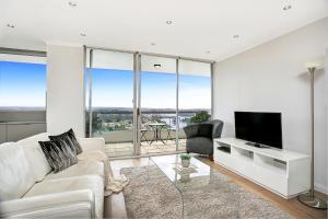 A seating area at Top Floor Penthouse Apartment Cremorne - SUTH2
