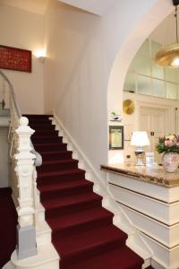 The lobby or reception area at Villa Esplanade