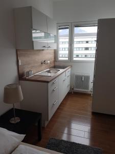 Küche/Küchenzeile in der Unterkunft Sunny Studio for Two!