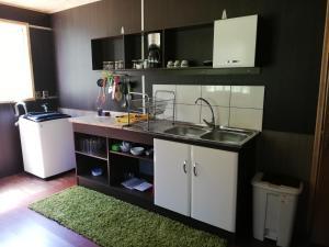 Una cocina o zona de cocina en Avellanos de Trapen
