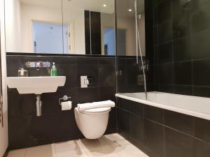 A bathroom at The cube 197 whardsife street Birmingham B1 1PQ