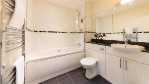 A bathroom at The Spires Birmingham