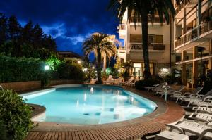 The swimming pool at or near Grand Hotel Tamerici & Principe