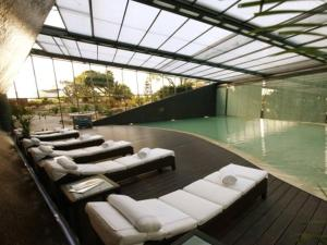 The swimming pool at or near Vale do Lobo Villa Sleeps 9 Pool Air Con WiFi