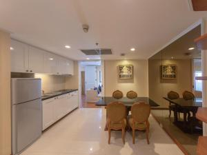 A kitchen or kitchenette at Centre Point Silom