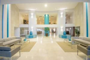 The swimming pool at or near Oasis Atlantico Imperial