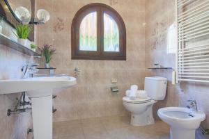 Un baño de Villas Guzman - Ca Pitera