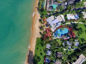 Vaade majutusasutusele Ramada Resort by Wyndham Khao Lak linnulennult