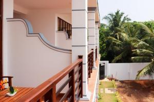 A balcony or terrace at Mirissa Dive Resort