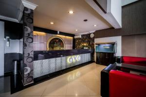 The lobby or reception area at OYO 238 Hotel Grand Darussalam Syariah