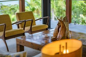 A seating area at Mandalay Luxury Retreat