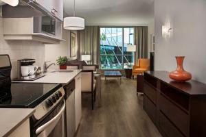 A kitchen or kitchenette at Hilton Suites Toronto-Markham Conference Centre & Spa