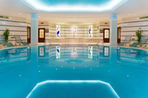 The swimming pool at or near Moscow Marriott Royal Aurora Hotel
