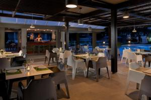A restaurant or other place to eat at Matoula Beach