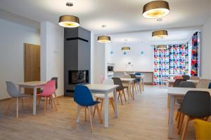 Restauracja lub miejsce do jedzenia w obiekcie Willa Mała Czyrna