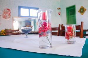 A restaurant or other place to eat at Pousada Estrela do Oriente