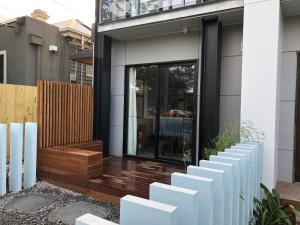 The facade or entrance of Nomads Nest Geelong
